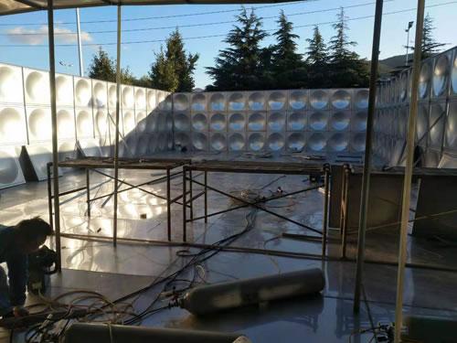 組合式不銹鋼拼裝水箱安裝